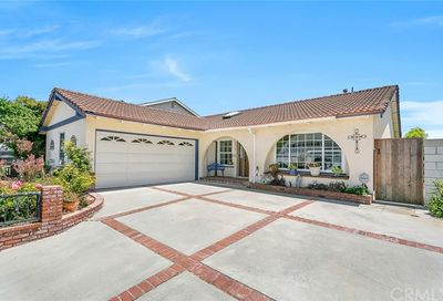 6572 Jardines Drive Huntington Beach CA 92647