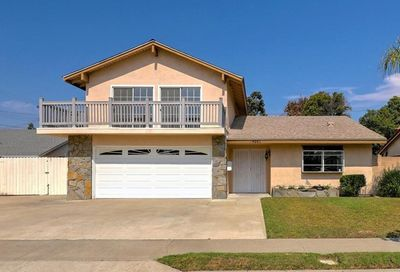 4261 Fontainbleau Avenue Cypress CA 90630