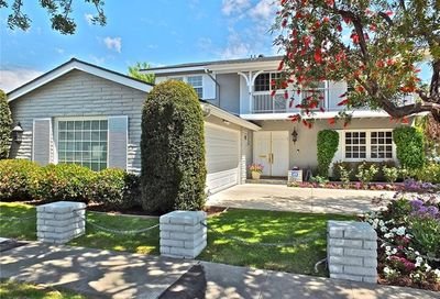 3200 Julian Avenue Long Beach CA 90808