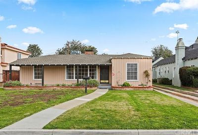 4638 Hazelbrook Avenue Long Beach CA 90808
