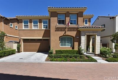 13 Bluebell Lake Forest CA 92630
