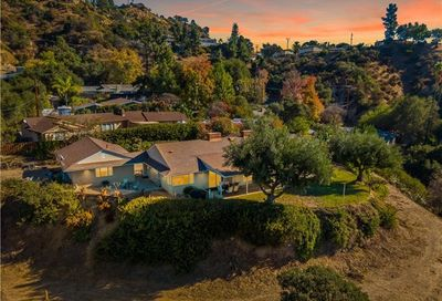 3385 E Chevy Chase Drive Glendale CA 91206