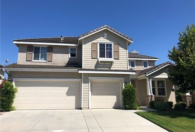 13641 Amberview Place Eastvale CA 92880
