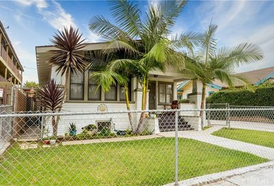 814 Saint Louis Avenue Long Beach CA 90804