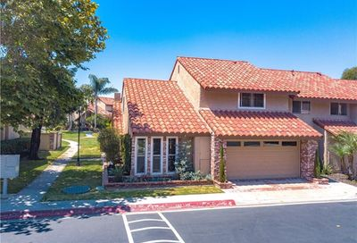 1401 Arch Lane Huntington Beach CA 92648