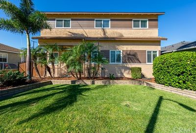 5049 Briercrest Avenue Lakewood CA 90713