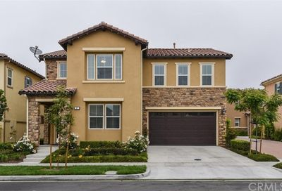47 Bluebell Lake Forest CA 92630