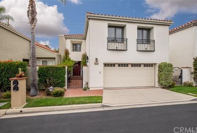 5729 Avenida Estoril Long Beach CA 90814