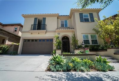 30 Swift Lake Forest CA 92630