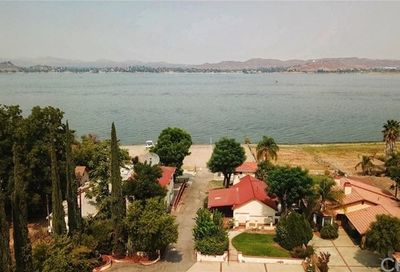 17240 Grand Avenue Lake Elsinore CA 92530