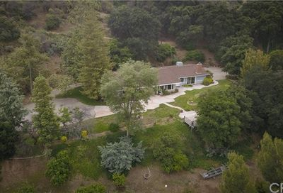 16612 Diver Street Road Canyon Country CA 91387
