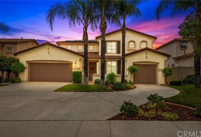 13 Vista Palermo Lake Elsinore CA 92532