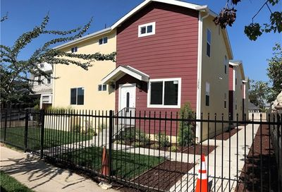 1325 W 37th Place Los Angeles CA 90007