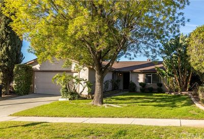1882 Buckeye Court Highland CA 92346