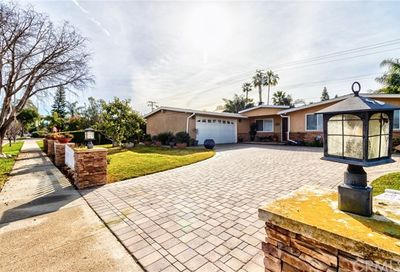 229 Wake Forest Road Costa Mesa CA 92626