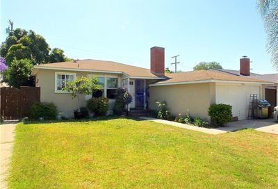 3912 San Anseline Avenue Long Beach CA 90808