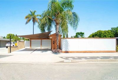 3246 Stevely Avenue Long Beach CA 90808