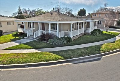 2073 Carfax Avenue Long Beach CA 90815