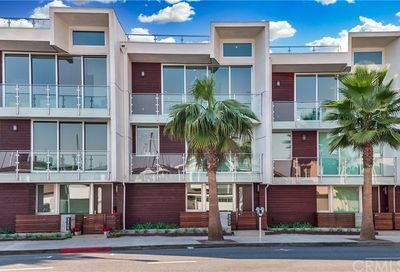 3307 Via Lido Newport Beach CA 92663