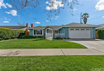 706 E 20th St Santa Ana CA 92706