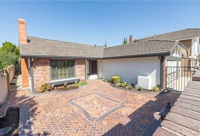 20961 Paseo Nogal Lake Forest CA 92630