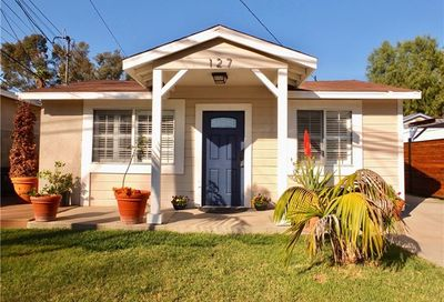 127 E 47th Street Long Beach CA 90805
