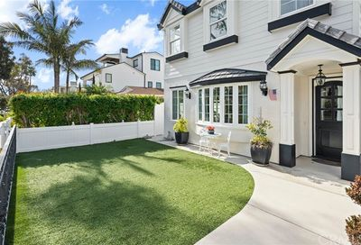 613 Poppy Avenue Corona Del Mar CA 92625