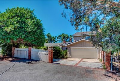 1233 W Valley View Drive Fullerton CA 92833