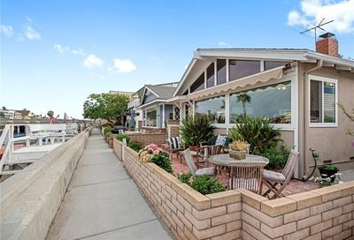 213 Grand Canal Newport Beach CA 92662