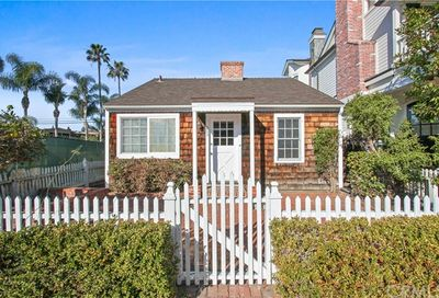 203 Opal Avenue Newport Beach CA 92662