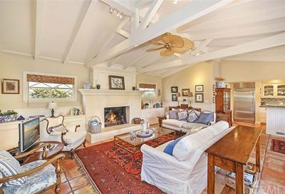 207 Via Firenze Newport Beach CA 92663