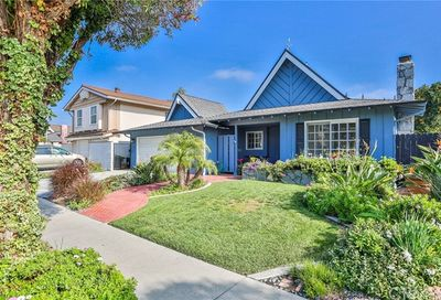 17292 Wild Rose Lane Huntington Beach CA 92649