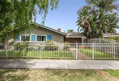 2552 Pine Avenue Long Beach CA 90806
