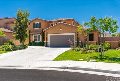29780 Peppercorn Circle Menifee CA 92584