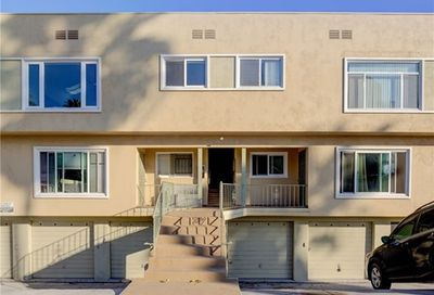 16 3rd Place Long Beach CA 90802
