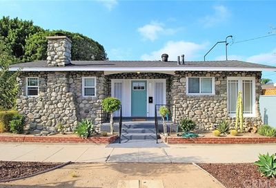 3502 Olive Avenue Long Beach CA 90807