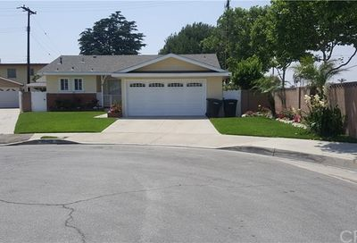 13403 Coldbrook Avenue Bellflower CA 90706
