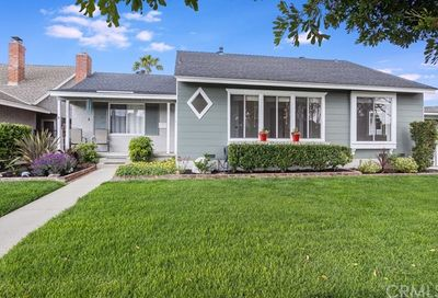 3239 Knoxville Avenue Long Beach CA 90808