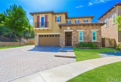 14 Peony Lake Forest CA 92630