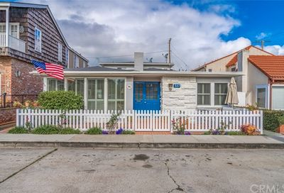 327 Apolena Avenue Newport Beach CA 92662