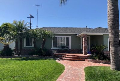 5470 E Garford Street Long Beach CA 90815