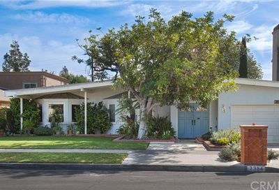 2384 Redlands Drive Newport Beach CA 92660