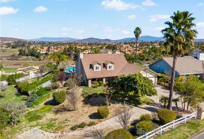 31020 Via Norte Temecula CA 92591