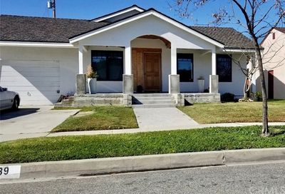 5239 Montair Avenue Lakewood CA 90712