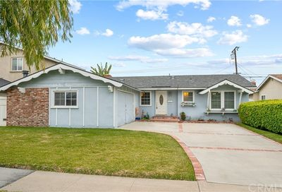 6431 Sligo Circle Huntington Beach CA 92647