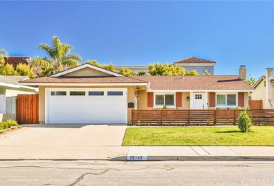 19142 Lindsay Lane Huntington Beach CA 92646