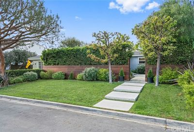 519 Riverside Avenue Newport Beach CA 92663