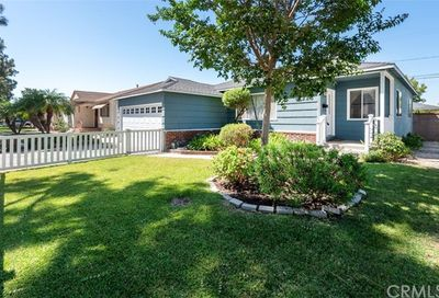 4223 Knoxville Avenue Lakewood CA 90713