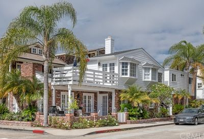 200 Diamond Avenue Newport Beach CA 92662