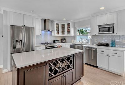 23201 Dune Mear Road Lake Forest CA 92630